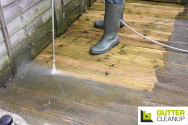 Expert pressure cleaning services from Gutter Cleanup